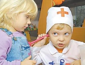 ролевые игры 300x229 Идеи для ролевых игр с ребенком