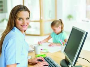 5 маленьких хитростей, которые помогают маме успевать заниматься любимым делом рядом с детьми