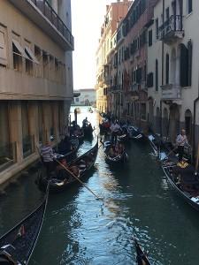 Veneciya 225x300 А вы знаете, как проводят выходные итальянцы? ) По следам путешествия…